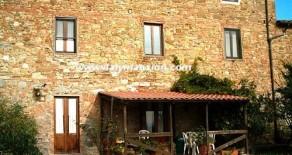 """Appartamenti vacanze bilocale piano terra – agriturismo """"Gino"""""""