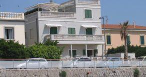 Ferienwohnung Barbara, 10 m. von Meer u. Sandstrand – San Vincenzo, Livorno